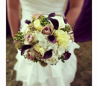 bridal bouquet delivery in san antonio from the tuscan rose. Black Bedroom Furniture Sets. Home Design Ideas