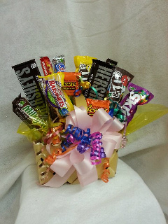 Candy Basket in Crown Point IN, Debbie's Designs