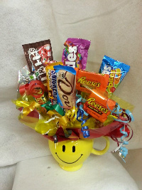 Smile Mug Candy Bouquet in Crown Point IN, Debbie's Designs