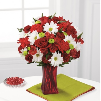 The Cherry Sweet Bouquet in Chicago IL, Yera's Lake View Florist