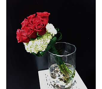 Elegant Roses in Thornhill ON, Orchid Florist