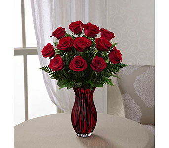 The FTD� In Love with Red Roses� Bouquet in Chesapeake VA, Greenbrier Florist