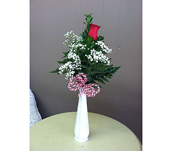 Single Rose Budvase in Creedmoor NC, Gil-Man Florist Inc.