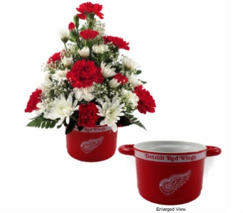 Red Wing Soup Bowl Bouquet in Southfield MI, Thrifty Florist