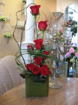 High Style Rose Arrangement in Wichita KS, Dean's Designs