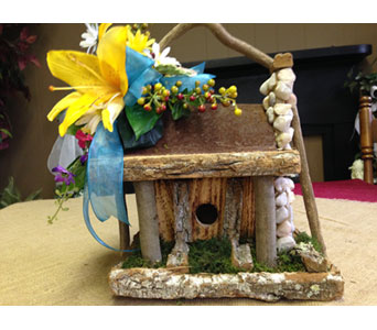 Decorated Bird House in Chattanooga TN, Chattanooga Florist 877-698-3303