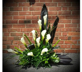 Elegant Calla Sympathy in Independence OH, Independence Flowers & Gifts