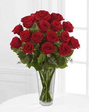 18 Long Stem Red Roses in Fond Du Lac WI, Haentze Floral Co