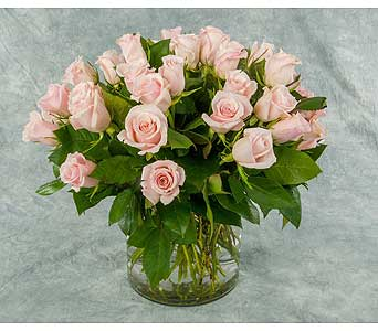 Classic Rose Arrangement in Great Neck NY, United Floral