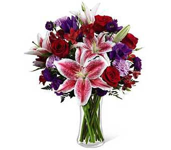 Lilies & Roses in Agassiz BC, Holly Tree Florist & Gifts