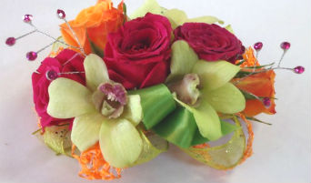 Red, Orange and Green in Farmington CT, Haworth's Flowers & Gifts, LLC.