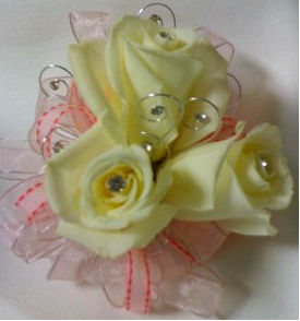 White Spray Roses in Farmington CT, Haworth's Flowers & Gifts, LLC.