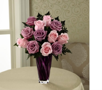 The FTD� Royal Treatment� Rose Bouquet in Kingsport TN, Holston Florist Shop Inc.