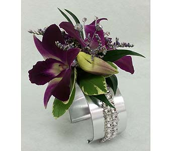Cuffed Purpled Dendrobium Corsage in Branford CT, Myers Flower Shop