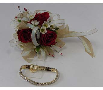 Wrist Corsage of Red Sweetheart Roses in Bloomington IL, Forget Me Not Flowers