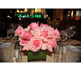 Pink Roses Centerpiece in Los Angeles CA, Dave's Flowers