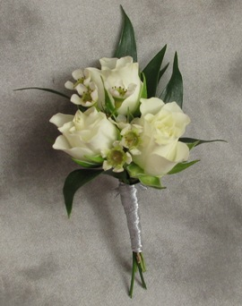 Triple Spray Rose Boutonniere in Crystal Lake IL, Countryside Flower Shop