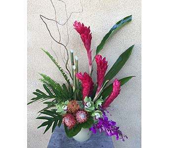 Custom in Tustin CA, Saddleback Flower Shop