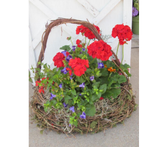 Porch Side Garden Basket in Newton KS, Designs By John Flowers & Tuxedos, Inc