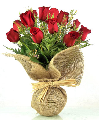 Burlap Blooms: A Bonnet of Reds in Smithtown NY, James Cress Florist