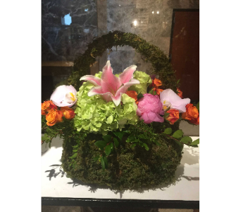 MOSS HANDBAG BOUQUET  in Bellevue WA, CITY FLOWERS, INC.
