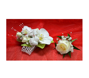 White Corsage & Boutonniere in Easton MD, Robin's Nest