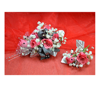 Mixed Roses Hand Tied Bouquet