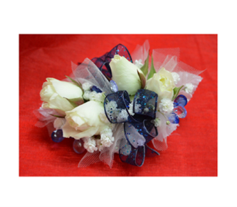Tulle and Ribbons Corsage in Easton MD, Robin's Nest