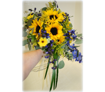Trailing Sunflowers in Asheville NC, Kaylynne's Briar Patch Florist, LLC