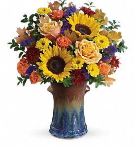 Teleflora's Country Sunflowers Bouquet in Cairo NY, Karen's Flower Shoppe