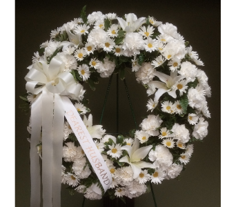WREATH ALL WHITE in Woodbridge NJ, Floral Expressions