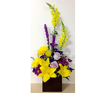 Sunny Side Styled Arrangement - 6x6 Bamboo Cube in Wyoming MI, Wyoming Stuyvesant Floral