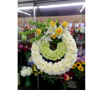 24 in Double Wreath in Alhambra CA, Alhambra Main Florist