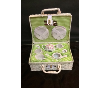 Green and White Flower Tea Set in Conway AR, Conways Classic Touch