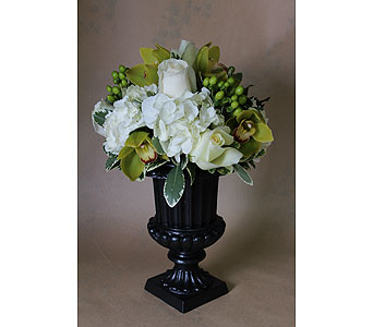 Touch of Class in Birmingham MI, Tiffany Florist