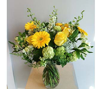 Luxurious Blooms   in Victoria BC, Fine Floral Designs