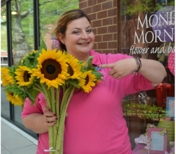 Alanna, Design Manager in Princeton, Plainsboro, & Trenton NJ, Monday Morning Flower and Balloon Co.