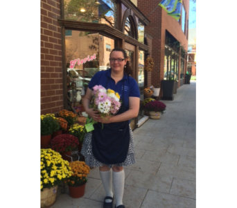 Alexis, Sales Associate in Princeton, Plainsboro, & Trenton NJ, Monday Morning Flower and Balloon Co.