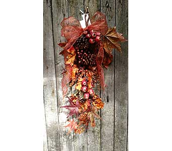 Autumn Door Swag in Ambridge PA, Heritage Floral Shoppe