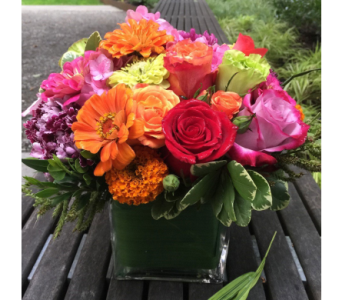 HAPPINESS BOUQUET  in Bellevue WA, CITY FLOWERS, INC.