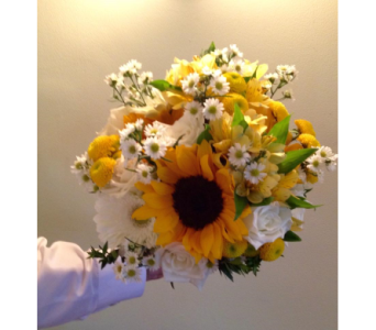 Sunny Bouquet in Fairless Hills PA, Flowers By Jennie-Lynne