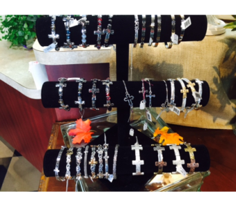 Bracelets in Brownsburg IN, Queen Anne's Lace Flowers & Gifts