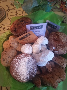 Pealer''s Muffin & Cookie Basket in Camp Hill and Harrisburg PA, Pealer's Flowers