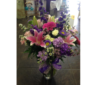 Flower Arrangment in Carlsbad CA, El Camino Florist & Gifts