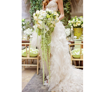Green & White Cascading in Kissimmee FL, Golden Carriage Florist