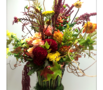 Seasonal Remembrance  in Traverse City MI, Teboe Florist