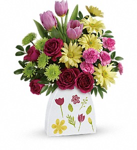 Teleflora's Make Their Daisies Bouquet in Conroe TX, Gilmore's Florist & Gifts