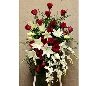 Crimson and White Easel Arrangement in Wyoming MI, Wyoming Stuyvesant Floral