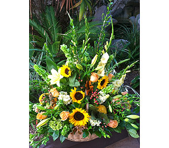 Large Arrangement in fall colors in Rancho Santa Fe CA, Rancho Santa Fe Flowers And Gifts
