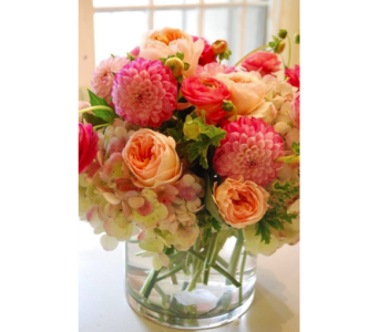 Spring Delight in Kissimmee FL, Golden Carriage Florist